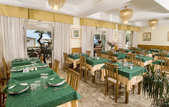 Sala ristorante Hotel Rex di Senigallia