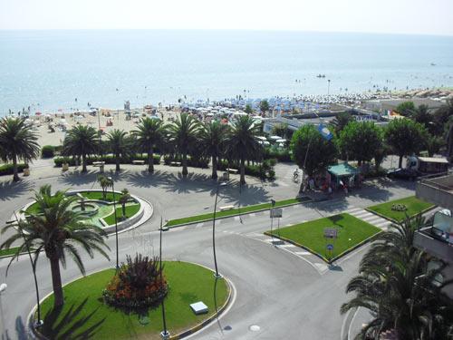 Vista della spiaggia dal Residence Riccione