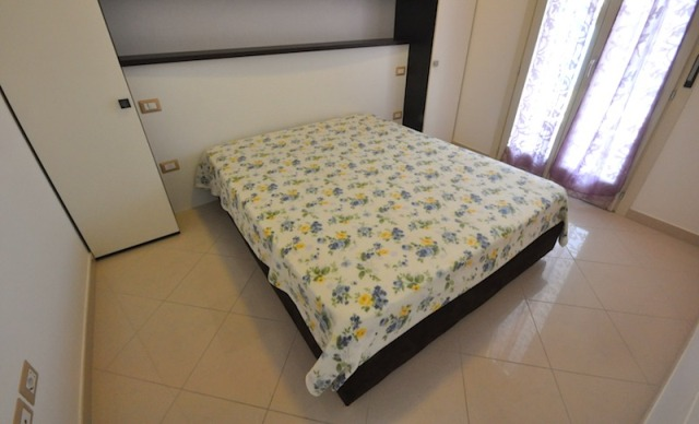 Camera da letto Residence ad Alba Adriatica