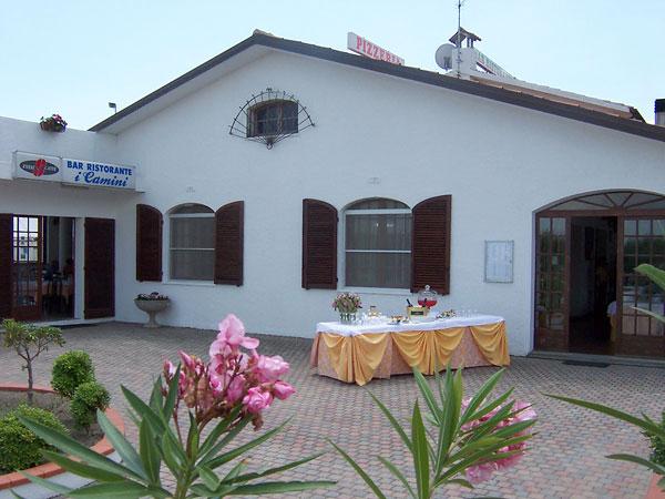 Comacchio - Villaggio Samoa - Esterni Bar e Ristornate