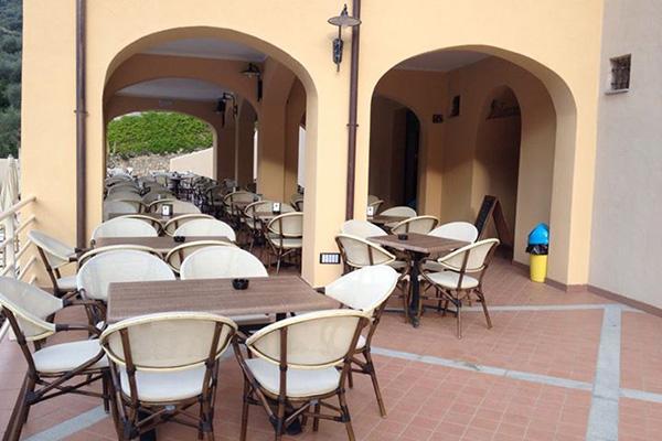 Finale Ligure - Villaggio di Giuele - Dehors