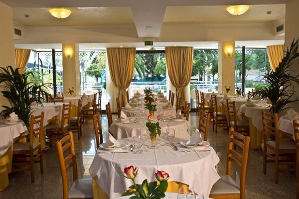 Sala ristorante Hotel Sayonara