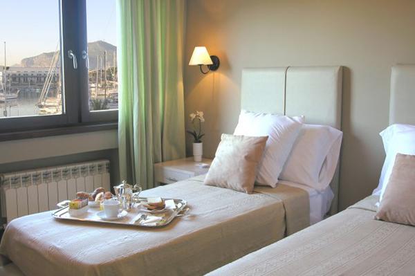 Palermo - Alla Kala Bed & Breakfast - Camera vista mare