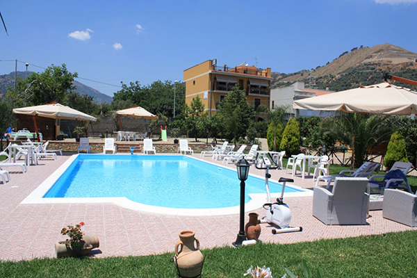 Bed & Breakfast Il Sole Nascente - Piscina