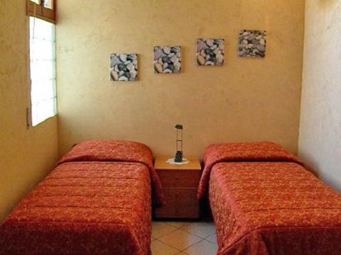 Acireale - Casa Vacanza Rossi - Cameretta