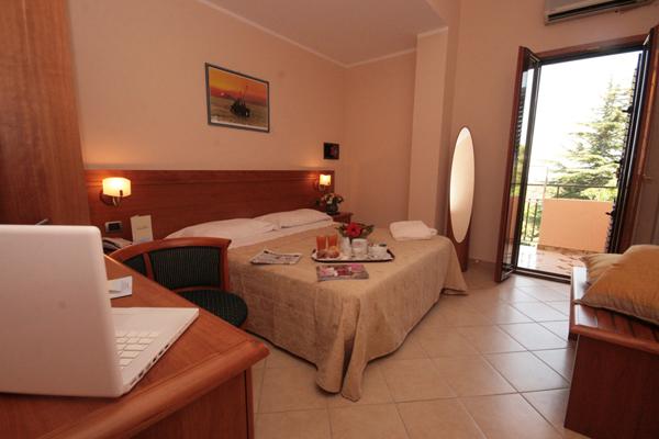 Tropea - Hotel La Bussola - Camera