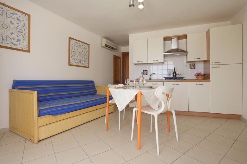 Trapani - Residence Tamarea - Cucina e soggiorno