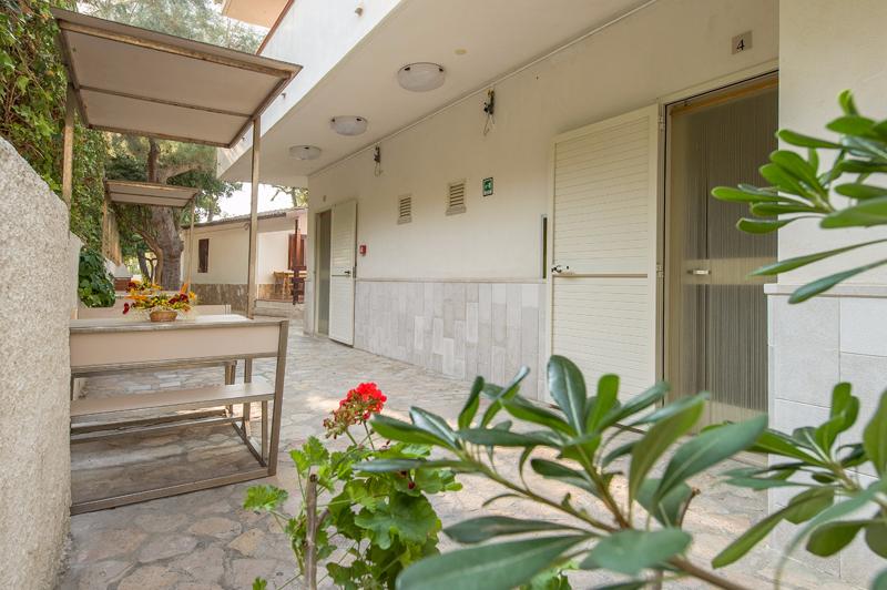 Rodi Gargano - Hotel Rivablu - Vista alloggi