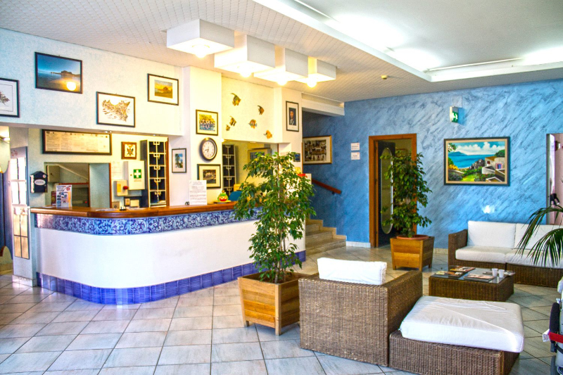 Cefalù - Hotel Tourist - Reception