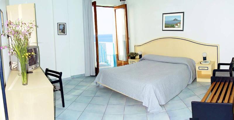 Cefalù - Hotel Tourist - Camera vista mare