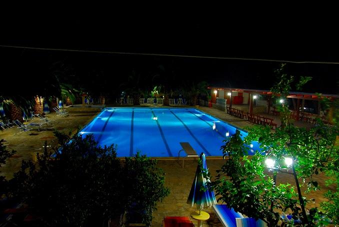 PISCINA - Centro Vacanze Sfinalicchio