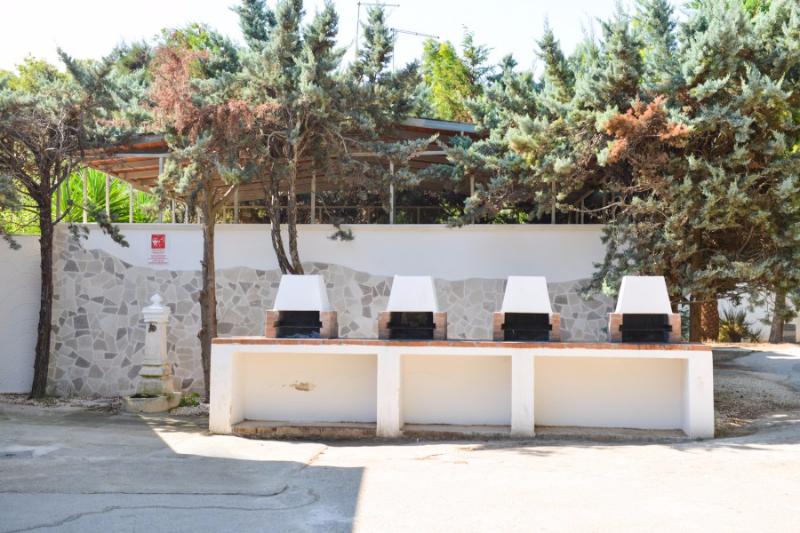 Carovigno - Villaggio Camping Pineta al Mare - Barbecue