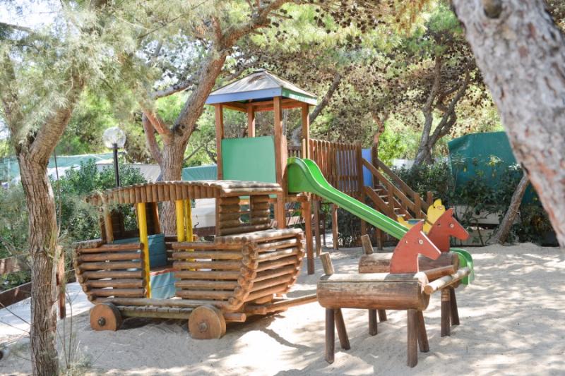 Carovigno - Villaggio Camping Pineta al Mare - Area Giochi