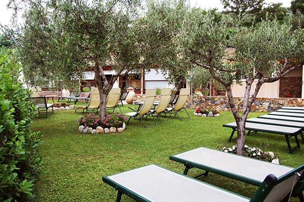 Pietra Ligure - La Corte Natural Resort - Giardino