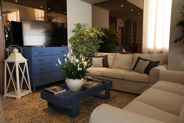 Sala Tv Hotel Ambassador