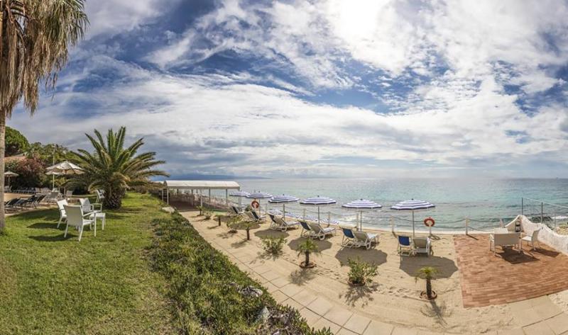 Ricadi - Hotel Ipomea Club -Sul mare