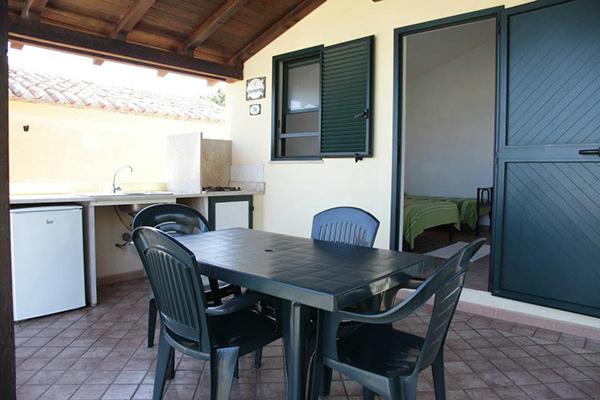 Camping Golfo dell'Asinara - Esterno alloggio