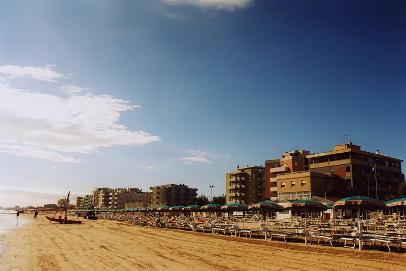 Vista della spiaggia Hotel Prestige di Fano