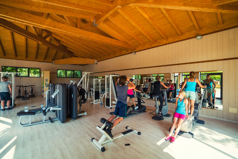 Tahiti Camping & Thermae Bungalow Park - Area Fitness