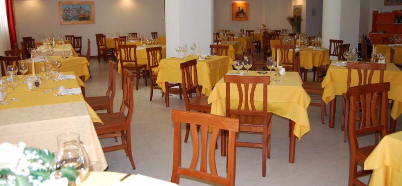 San Menaio -Hotel Residence Marechiaro - Ristorante