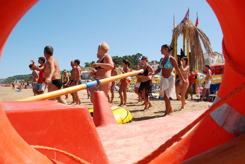 San Menaio -Hotel Residence Marechiaro - Animazione in spiaggia