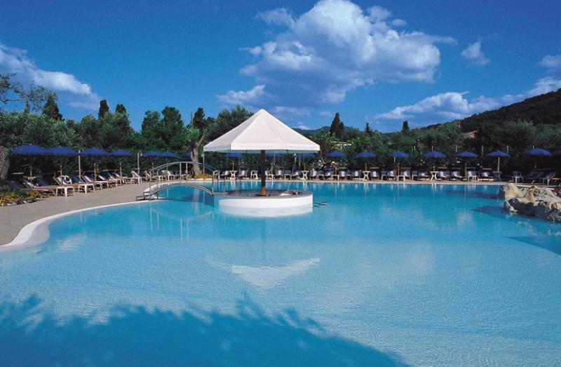 Vibonati - Elayon Club Residence - Piscina