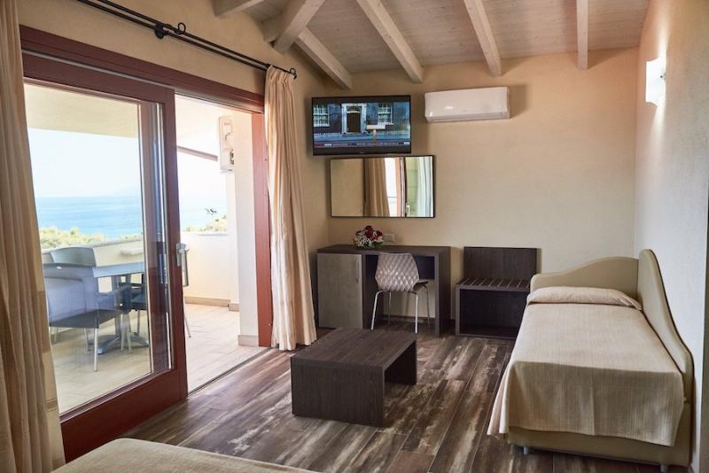 Cala Gonone - Hotel Club Parco Blu- Camera Vista Mare