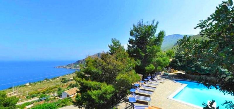 piscina terrazza Villa Sauci
