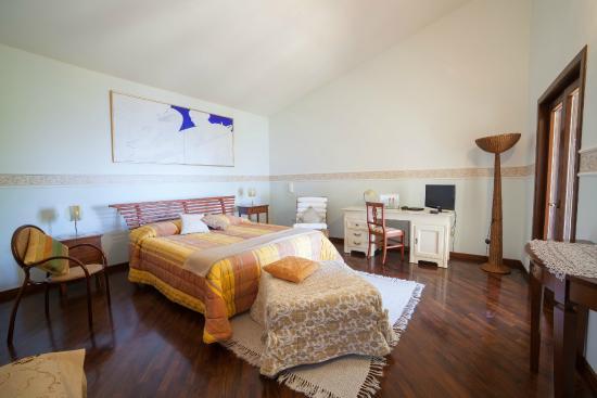 camera matrimoniale superior Villa Sauci B&B