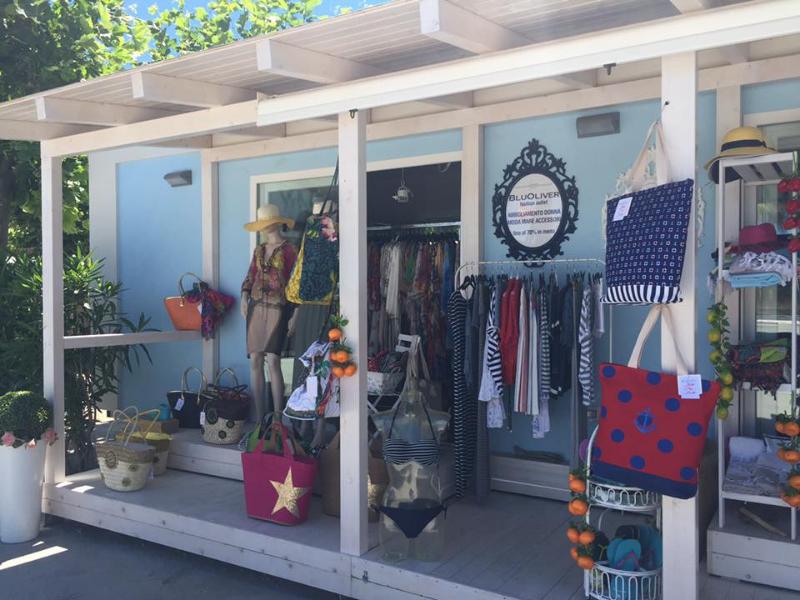 Shop & Souvenir