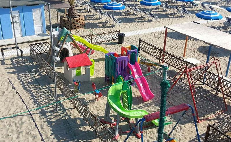 Residence il Borgo - Tortoreto - Area giochi in spiaggia