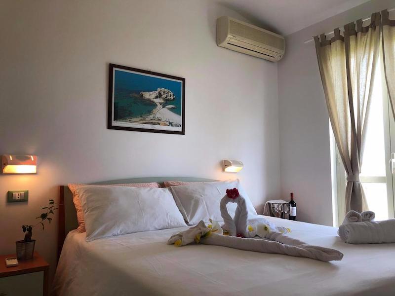 Hotel Eolo Capo Vaticano Camera da letto