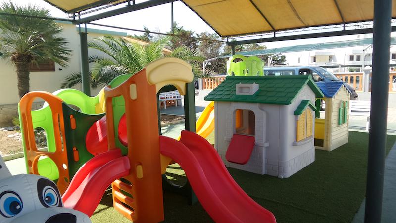 Appartamenti Zim a Rodi Garganico - area giochi bimbi