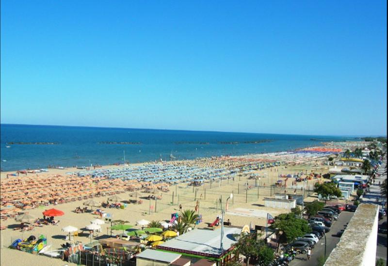 Spiaggia - Hotel Albatros - Roseto degli Abruzzi