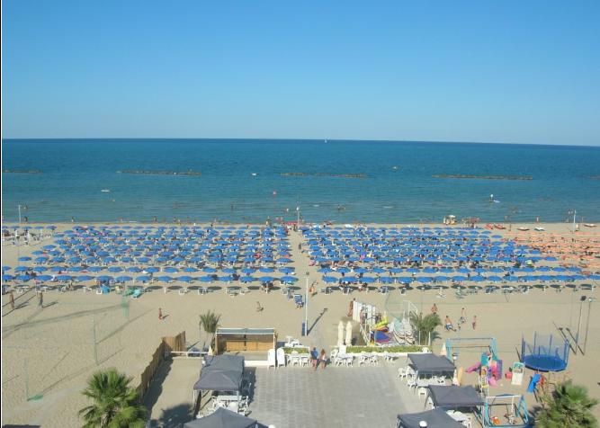 Spiaggia - Hotel Albatros - Roseto degli Abruzzi-
