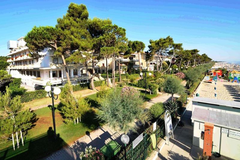 Hotel Abruzzo con vista dalla spiaggia