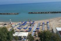 Lido privato Hotel Caraibi a Senigallia