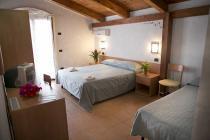 Marina di Zambrone -Villaggio Borgo Marino & Albatros - interno camera
