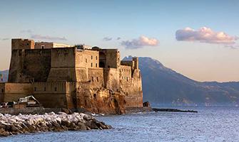 Castel dell'Ovo e Borgo Marinari