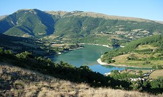 L'affascinante Lago di Fiastra