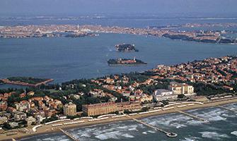 Lido di Venezia Tra Mare e Laguna