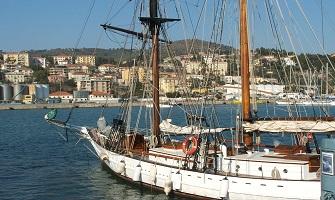 Imperia il mare da sogno della Liguria